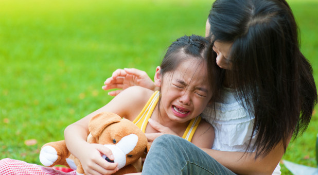 crying child with mom
